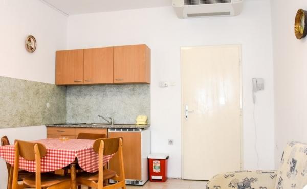 hotel-frane-pag-sobe-4358